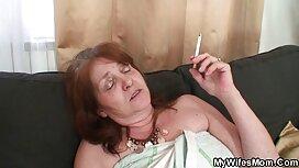 Orang tua mengajar kisah lucah awek wanita di dalam bilik tidur