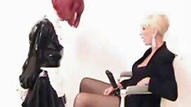 Hitam macho meletakkan panas pada cerita seks perempuan blonde