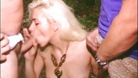 Sukan gadis cerita seks isteri dirogol setuju untuk melakukan hubungan seks dengan teman wanitanya.