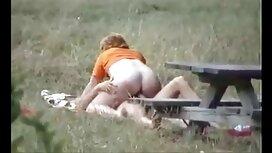 Kamera tersembunyi seorang gadis kisah lucah isteri telanjang di toilet umum.