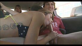 Dua orang lelaki meyakinkan gadis untuk memberikan remaja, kemudian memiliki hubungan cerita stim sedap seks di dalam kembali dengan dia.
