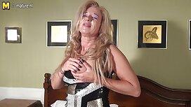 Gadis pirang dalam cinta di pejabat doktor cerita gersang